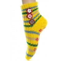 Ponožky - štrikované s ozdobnými gombíkmi