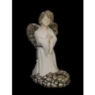 Modliaci sa anjel - kamený vzor