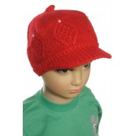 Dievčenská čiapka so šiltom a perleťovými goralkami